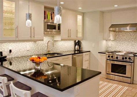 Small White Kitchen Design Ideas Kitchen Small Kitchens With White Cabinets Small Kitchen Design Kitchen Design Minimalist