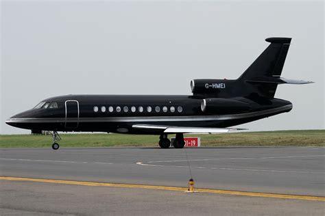 exec jet file dassault falcon 900b executive jet jp7639442 jpg wikimedia commons