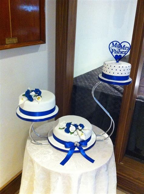 Wedding Cake Edinburgh by Wedding Cakes Edinburgh Novelty Cakes Scotland