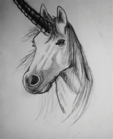 imagenes de unicornios hechos a lapiz dibujo a l 225 piz discovered by no se on we heart it