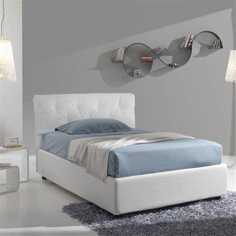 letto 1 piazza e mezzo letto a una piazza e mezza letti una piazza e mezza