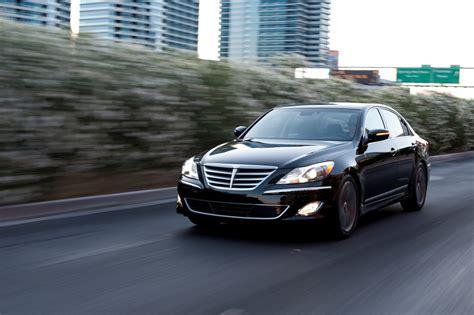 2014 Hyundai Genesis by 2014 Hyundai Genesis Gets A Few Updates Before New Model S