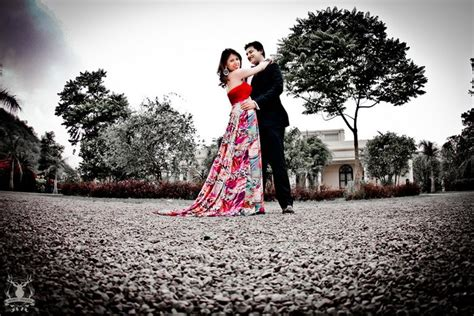 pre wedding photography price we are in with these fabulous pre wedding shoot