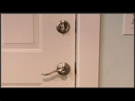 Removing Door Handle Without Visible Screws by How To Replace A Door Knob Without Visible Screws Doovi