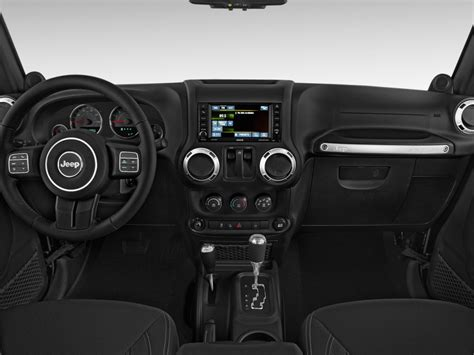 jeep dashboard image 2017 jeep wrangler rubicon 4x4 dashboard size