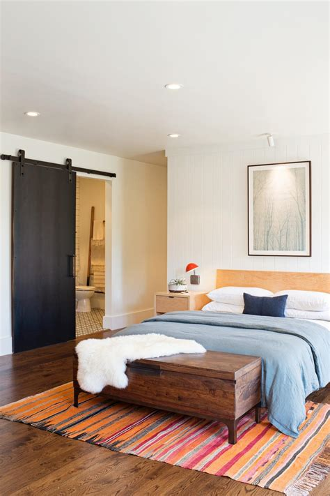 10 Tips For A Bedroom by 10 Tips For Buying Bedding On A Budget Hgtv