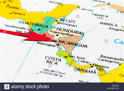 america map pointing arrow pointing nicaragua on the map of south central