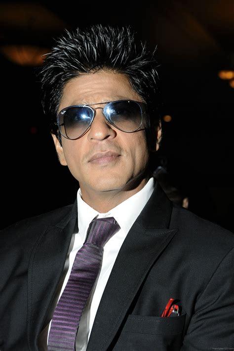 shahrukhkhan hairstyles shahrukh khan short spiky hairstyle
