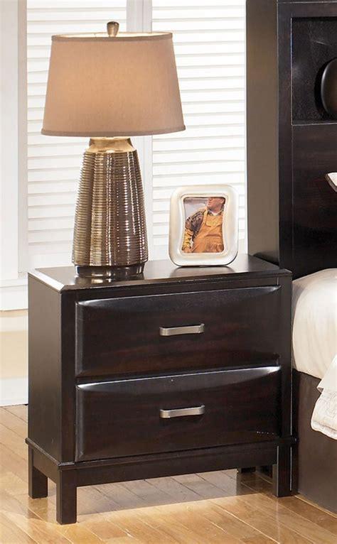Imagenes Para Dormitorios #2: Mesita-de-noche-elegante.jpg