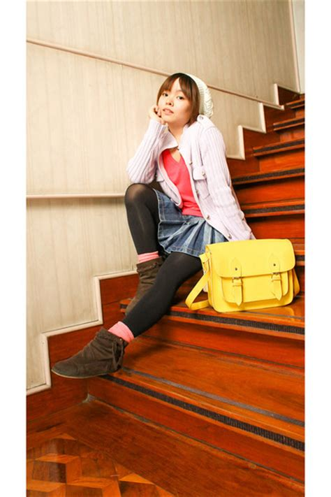 bench body shirts white hats hot pink bench body shirts yellow glams rock manila bags quot let it snow