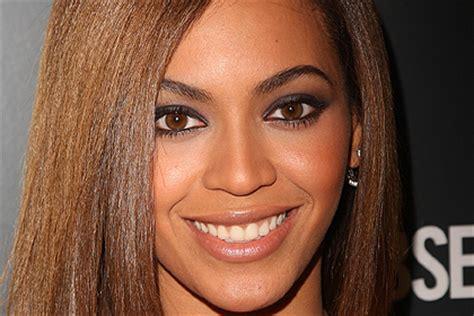 beyonce eye color beyonce knowles best makeup looks for brown