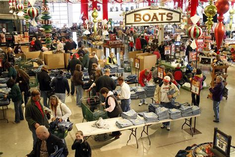 Pro Shopping Season by Earlier Black Friday Kicks Shopping Season The Blade