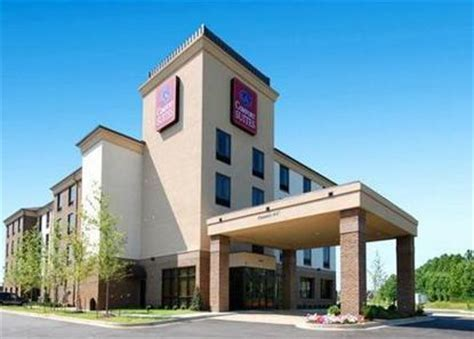 comfort inn and suites memphis comfort suites memphis memphis deals see hotel photos