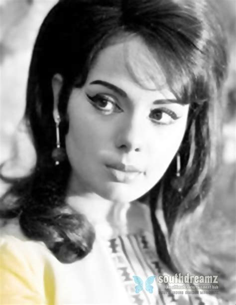 biography of hindi film actress tanuja top 10 most iconic bollywood actress