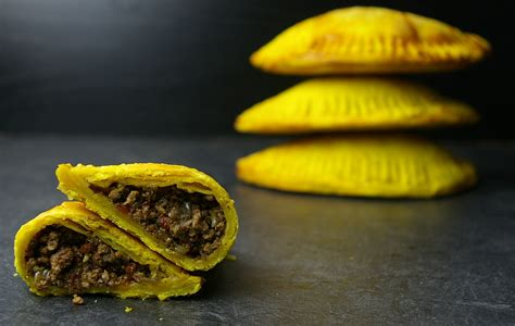 jamaican beef patties ginger smoothy and otto pilot