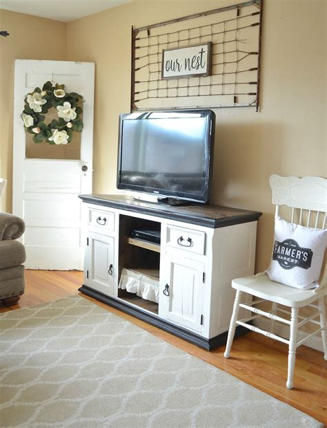 modern farmhouse living room refreshed modern farmhouse living room little vintage nest