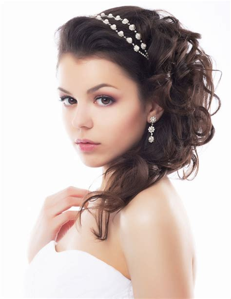 Wedding Hairstyles For Medium Hair 2014 by 24 Stunning And Must Try Wedding Hairstyles Ideas For