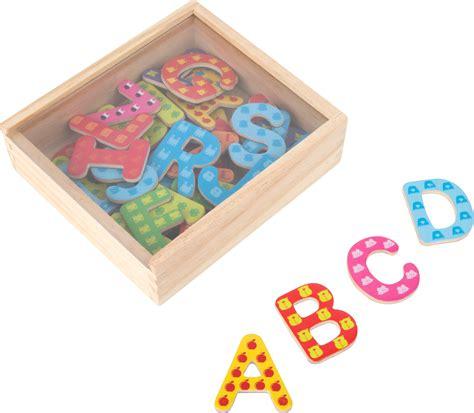 lettere colorate da stare lettere colorate con calamita