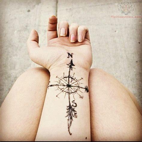 tattoo compass wrist compass tattoo br 250 jula and tatuajes on pinterest