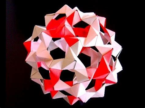 Origami Buckyball - how to make origami buckyballs from phizz units