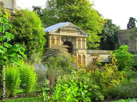 Need Some Travel Tips For The Uk Botanical Gardens Oxford