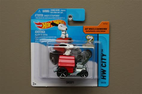 Wheels 2015 Snoopy wheels 2015 hw city snoopy peanuts