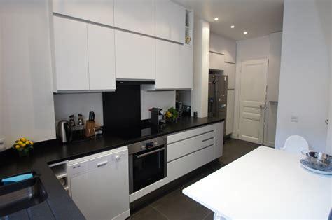 cuisine blanche sol noir immobilier design votre agence immobilier et