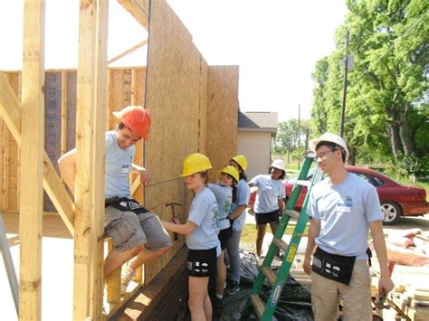 alabama working with habitat for humanity to make a difference 1000 images about vera bradley pack your bags on