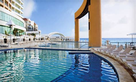 all inclusive 4 cancun resort with airfare groupon