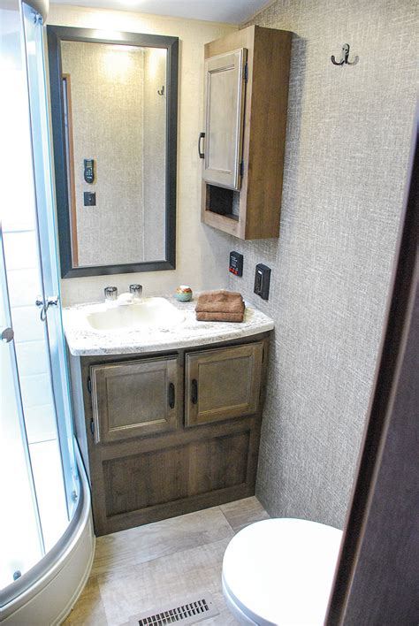 travel trailer with large bathroom travel trailer with large bathroom 28 images sonic