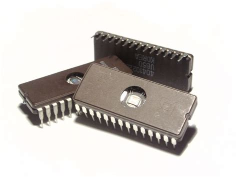 integrated circuit was invented in learnings in i t101 history of computers