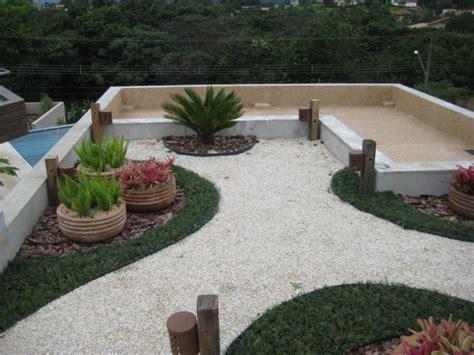 jardim decorado pedras e grama quintal decorado grama e pedra jardim e casa decora 231 227 o