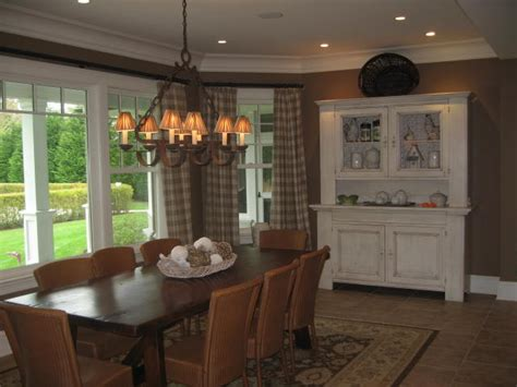Houzz Com Dining Rooms Benjamin Moore Af110 Coriander Seed Traditional