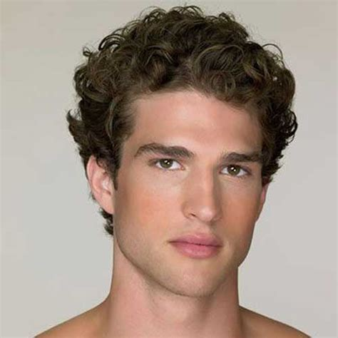 guys hairstyles with curly hair 20 short curly hairstyles for men mens hairstyles 2018