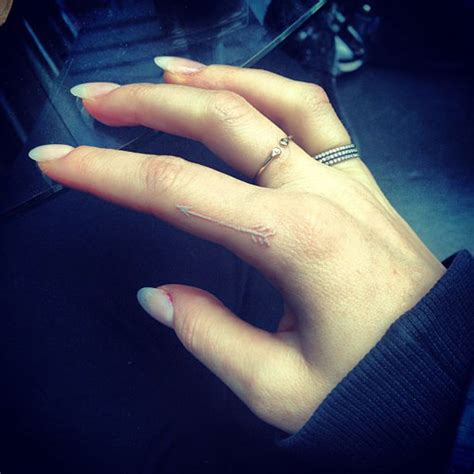 tattoo finger arrow celebrity arrow tattoos steal her style