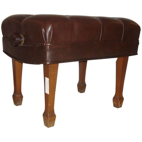steinway piano bench steinway adjustable piano bench in leather for sale at 1stdibs