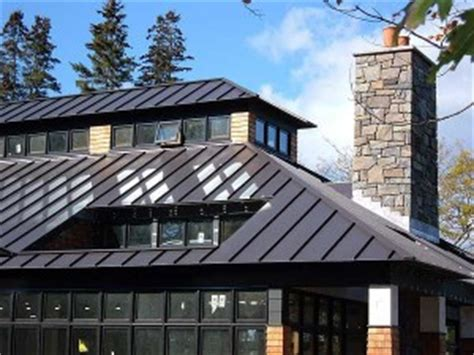metal vs. tile: how does metal roofing compare to concrete