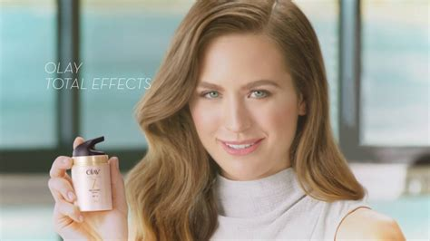 olay spocke women photos and names jesinta cbell s very first olay total effects