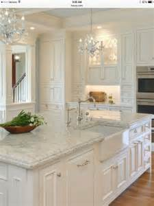 kitchen counter cabinets best 25 quartz countertops ideas on kitchen
