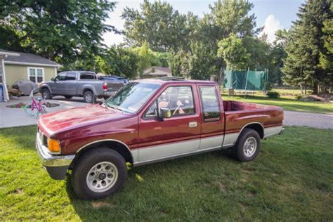wine ls for sale isuzu other extended cab pickup 1990 red wine for sale