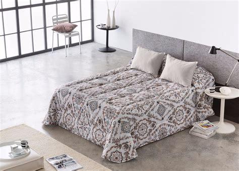 edredones gris edred 243 n confort sade gris casaytextil