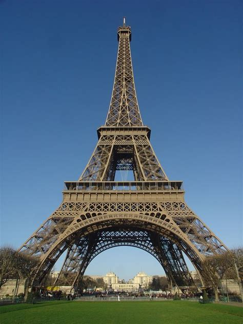 who designed the eiffel tower photographic essay on the eiffel tower courtneylandrum