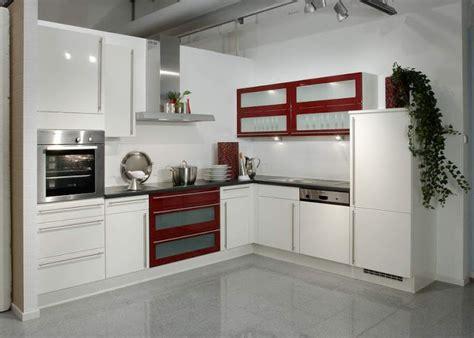 petites cuisines 駲uip馥s amenagement cuisine