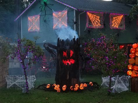 scary halloween themes ideas creative scary halloween decorating ideas kitchentoday