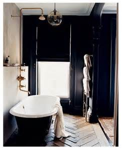 Bathroom Pictures Black And White by 23 Traditional Black And White Bathrooms To Inspire Digsdigs