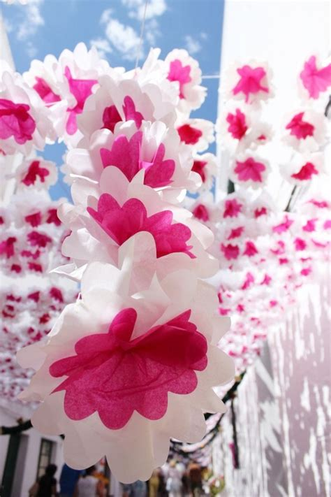 wallpaper bunga warna warni bergerak foto festival bunga ini gunakan bunga yang terbuat dar
