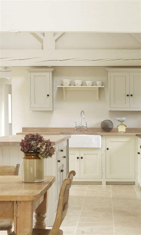 off white shaker kitchen cabinets furniture ideas 91 best off white kitchens images on pinterest kitchen