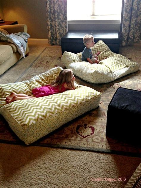 floor cushions instead of couch 25 best ideas about giant floor pillows on pinterest