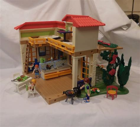 Playmobil 4857 Summer Vacation House Bed Bath Kitchen Playmobil House