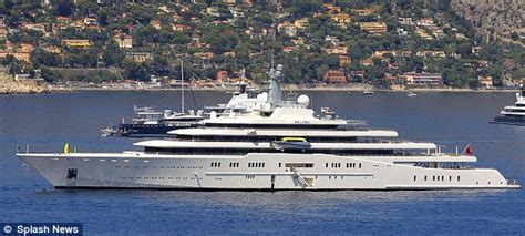 eclipse abramovich interni azzam the 163 400m 590ft yacht that s going to put